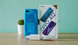 محتويات علبة هاتف Oppo A12